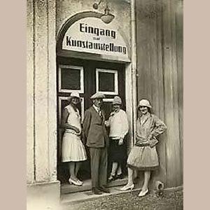 1926 - Erste Ausstellung in der Galerie Nöttling
